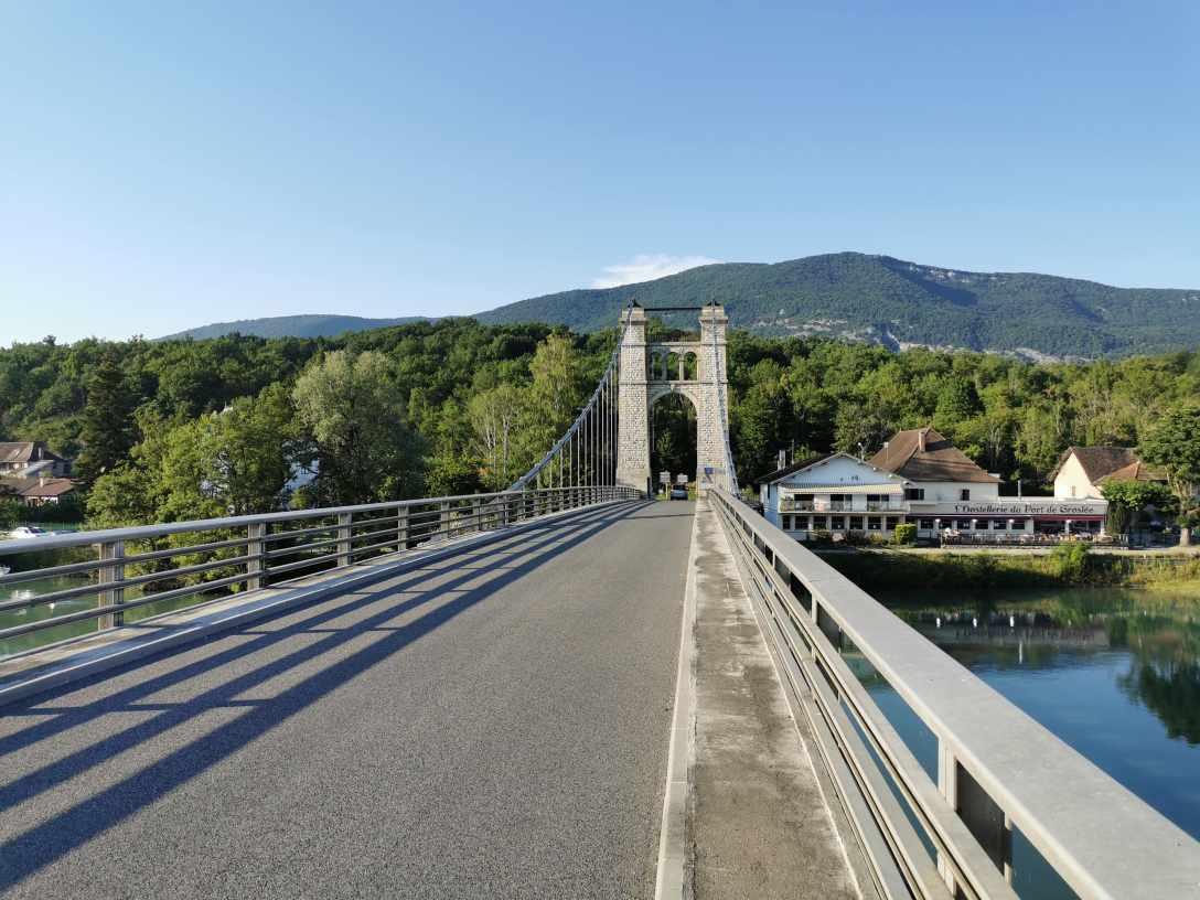 pont-groslee-au-dessus-rhone